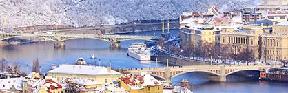 Plavba zimní Prahou