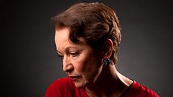 Hana Maciuchová jako Žena Vlčí mák 19.11.2019 v Divadle Gong