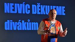 Zdeněk Izer na plný coole 16.4.2020 v Divadle Gong Praha