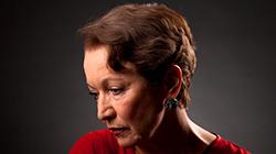 Hana Maciuchová jako Žena Vlčí mák 7.10.2020 v Divadle Gong
