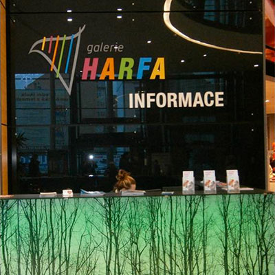 Info stánek Galerie Harfa
