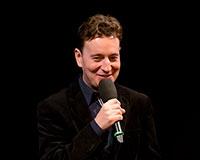 Petr Jablonský v našich představeních hraje Jiřího Grossmanna, Petra Nárožného i Miloslava Šimka. Foto: © Petr Sankot