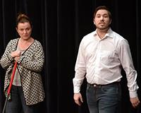 Marta Vítů a Radek Fejt v představení Princové jsou na draka. Foto: Petr Sankot