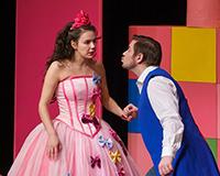 Eliška Jansová a Radek Fejt v představení Princové jsou na draka. Foto: Petr Sankot