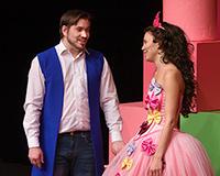 Radek Fejt a Eliška Jansová v představení Princové jsou na draka. Foto: Petr Sankot