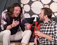 Leoš Noha a Lukáš Langmajer v komedii A do pyžam! Foto: Petr Sankot